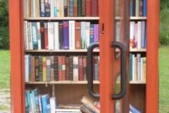 """""""Telefonbuch"""" – unsere kleine Bücherei in Garlstorf"""